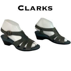 Clarks Bendables Buckle Sandals Size 6M